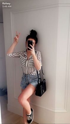 poses para esnapchapt Beauty Trends 2019 beauty trends on green springs Cool Outfits, Casual Outfits, Fashion Outfits, Casual Dresses, Casual Ootd, Converse Outfits, Girl Fashion, Kelsey Simone Outfits, Photography Poses