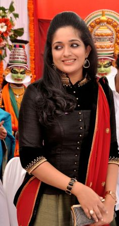 Indian Actress Hot Pics, South Indian Actress Hot, Most Beautiful Indian Actress, Actress Photos, Viria, Kavya Madhavan Saree, Churidhar Designs, Indian Party Wear, Indian Wear