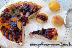 Essa Cheesecake de Pêssego com Coulis de Amora pode ser pensada para o #lanche de hoje ou para o Natal!  #Receita aqui: http://www.gulosoesaudavel.com.br/2014/12/03/cheesecake-pessego-coulis-amora/