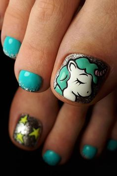 Nail art is a very popular trend these days and every woman you meet seems to have beautiful nails. It used to be that women would just go get a manicure or pedicure to get their nails trimmed and shaped with just a few coats of plain nail polish. Cute Toenail Designs, Flower Nail Designs, Pedicure Designs, Toe Nail Designs, Nail Polish Designs, Cute Toe Nails, Toe Nail Art, Easy Nail Art, Stickers