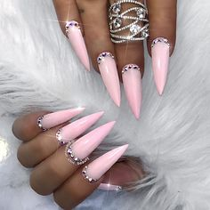 "243 Likes, 8 Comments - ✨LUXURY NAIL LOUNGE ✨ (@glamour_chic_beauty) on Instagram: ""✨ Daydreamer ✨ #glamourchicbeauty #glamourchic #gcnails #goldcoastnails #marblenails…"""