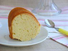 Ma Petite Boulangerie: Quark Cheese Bundt Cake