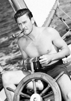 Errol Flynn was Hollywood royalty and ever the ladies man Vintage Hollywood, Classic Hollywood, Captain Blood, Errol Flynn, Celebrities Then And Now, Old Paris, Cinema, Director, Hollywood Actor