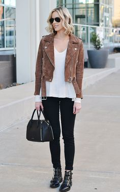 my favorite pieces - black jeans, suede moto, thermal, buckle booties, easy casual outfit Black Ankle Boots Outfit, Booties Outfit, Biker Boots Outfit, Moto Boots, Brown Suede Jacket, Suede Moto Jacket, Winter Boots Outfits, Cute Fall Outfits, Outfits With Boots