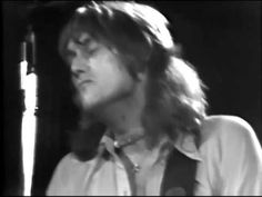 Ten Years After - Slow Blues In C - Live Aug 4, 1975 --- Alvin is so fabulous!!