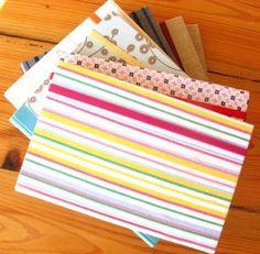Pila de diarios! Beach Mat, Book Art, Outdoor Blanket, Diaries, Report Cards, Projects