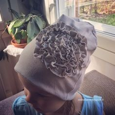 Elämän taikaa: DIY ruusukepipo ohje Sewing Hacks, Sewing Projects, Scarf Tutorial, Diy Hat, Kids Hats, Baby Crafts, Handicraft, My Girl, Baseball Hats
