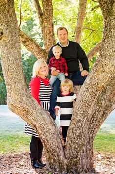 Family photo in a tree. Fun and gorgeous! My two favorite things!