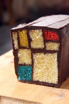 Mondrian Cake  (recipe in French, but good pictures of steps)