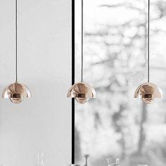 Verner Panton entwarf diese Pendelleuchte, die mittlerweile eine echte Design-Ikone ist. Hier entdecken und kaufen: http://sturbock.me/H4M