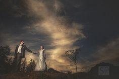 Warm wedding photography  Vintage Wedding Photography