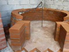 ▶ Costruzione forno a legna - Wood fired pizza oven construction - YouTube