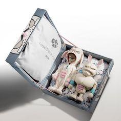 Product Packaging Design Coarse False Friends Box Packaging Design Coarse False Friends Designed by coarse 3d Figures, Vinyl Figures, Action Figures, Toy Packaging, Packaging Design, Product Packaging, Vinyl Toys, Vinyl Art, Found Object Art