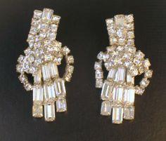 Sparkling Vintage Rhinestone Ear Climber Earrings