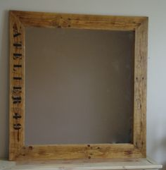 A miror made from pallet #pallet #DIY #Atelier49