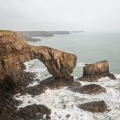 The Green Bridge of Wales a natural arch formed from Limestone Pembrokeshire. #ukcoastwalk Photo: Quintin Lake www.theperimeter.uk