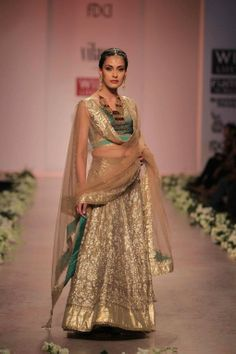 WIFW 2012 INDIAN BRIDAL FASHION BY ROCKY S