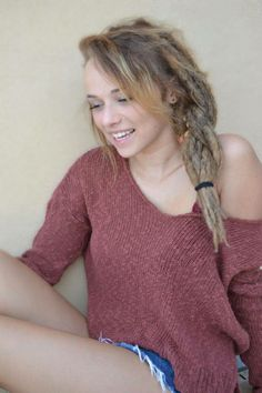 girl, dreads et dread image sur We Heart It Half Dreads, Partial Dreads, Cute Dreads, Beautiful Dreadlocks, Blonde Dreads, Dreads Girl, Dread Hairstyles, Cool Hairstyles, How To Make Dreadlocks
