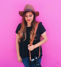 Spring is in full-swing with this hot pink wall and on fleek James #Fotostrap wearing artist. | #fotospotting @jeanettenisphotography