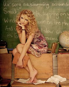 Taylor Swift ranked at the top of Billboard's Top 40 Money Makers in a list released today. Taylor came in at #1 with $35,719,000! http://www.glamourvanity.com/hot-celebrity-news/taylor-swift-leads-billboard-top-40-money-makers-in-music/