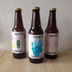 Idee voor vaderdag cadeau: papa's biertje of opa's biertje Diy For Kids, Crafts For Kids, Diy Crafts, Daddy Gifts, Gifts For Dad, Kids Church, Toddler Crafts, Kids House, Little Babies