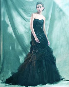 Prachtige zwarte trouwjurk Ball Gowns, Formal Dresses, Fashion, Ballroom Gowns, Dresses For Formal, Moda, Ball Gown Dresses, Formal Gowns, Fashion Styles
