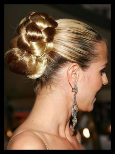 50 Lovely Bun Hairstyles For Long Hair | WomanAdvise - WOMANADVISE.COM