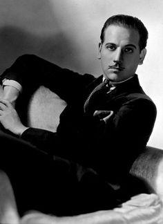 Melvyn Douglas, 1931