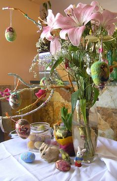 I just love these easter arrangement