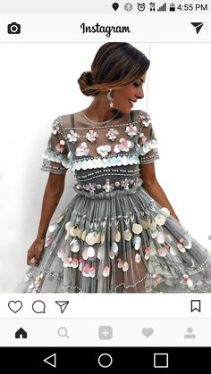 Find images and videos about fashion, style and hair on We Heart It - the app to get lost in what you love. Dress Skirt, Dress Up, High Fashion, Womens Fashion, Summer Dresses, Formal Dresses, Dress To Impress, Fashion Dresses, Fashion Looks