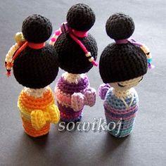 Miniaturowe laleczki kokeshi