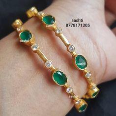 Gold Rings Jewelry, Jewelry Design Earrings, Gold Earrings Designs, Silver Jewellery, Pendant Jewelry, Jewlery, Fine Jewelry, Indian Jewelry Sets, India Jewelry