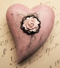 Beautiful vintage inspired heart