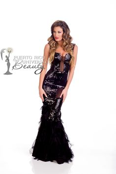 MISS UNIVERSE 2014 EVENING GOWN | Valentina Bonariva, Miss Universe Italy 2014 poses is her evening gown upon arriving to Trump National Doral Miami. #MissUniverse2014 #MissUniverso2014 #MissUniverse #MissUniverso #SwimsuitPhoto #OfficialPhoto #FotoOficial #EveningGown #TrajeDeNoche #Doral #Miami #Florida #MissItaly #MissItalia #ValentinaBonariva
