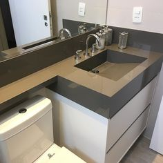 Examine this necessary illustration and visit today critical information on Simple Bathroom Ideas Bathroom Design Small, Simple Bathroom, Bathroom Interior Design, Home Interior, Modern Bathroom, Small Sink, Design Living Room, Industrial Bathroom, Home Upgrades