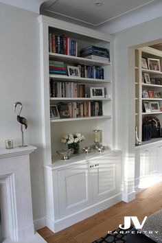 Alcove fitted shelving, traditional look Diy Living Room Decor, Living Room Storage, New Living Room, Interior Design Living Room, Living Room Designs, Living Room Furniture, Interior Livingroom, Alcove Storage, Alcove Shelving