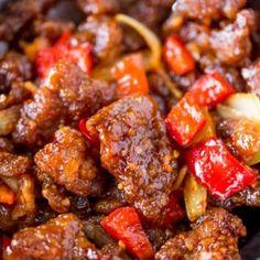 Panda Express Beijing Beef (Copycat) - Dinner, then Dessert Chipotle Copycat Recipes, Beef Recipes, Asian Recipes, Ethnic Recipes, Fondue Recipes, Chinese Recipes, Chinese Food, Beef Sauce, Hoisin Sauce