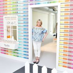 The Plaid Palette explores DIY art & crafting through articles, creative inspiration galleries, how-to's, videos, expert advice & more. Martha Stewart Paint, Martha Stewart Crafts, World Crafts, Glitter Paint, Consumer Products, Creative Inspiration, Diy Art, Home Improvement, Vibrant Colors