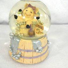 San-Francisco-Music-Box-Company-Water-Globe-Pig-Bath-Musical-Waterball