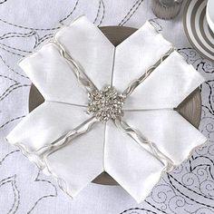 Napkin Folding Style: snowflake