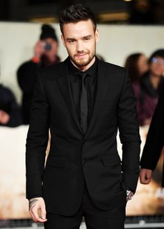"lovingliam: ""Liam Payne attends the World Premiere of 'I Am Bolt' at Odeon Leicester Square on November 28, 2016 in London, England [HQ's] """