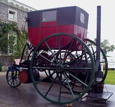 """steam carriages"" also looked quite radical: these were actual horse carriages put on top of a steam engine, like this:"