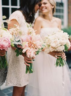 Romantic Bouquets  for the Bride and her ladies !