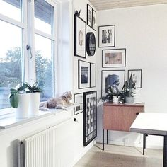 A simple way to turn an empty corner into a retreat area