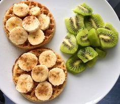 gonnabeaskinnyme: greenteamakemeteeny: This looks so yum Weight loss blog! Lets do this together!! .