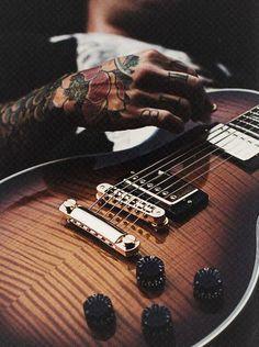 tatoos & guitar