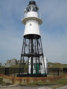 Penninis Lighthouse, Isle of Scilly, Cornwall Current lighthouse built: 1911 Geographic Position: 49° 54'.2 N 06° 18'.2 W