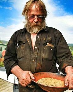 'Gold Rush' Star Tony Beets' Net Worth is Huge! Gold Miners, Discovery Channel, Gold Rush, My People, Net Worth, Reality Tv, Beets, Girl Crushes, Celebrities