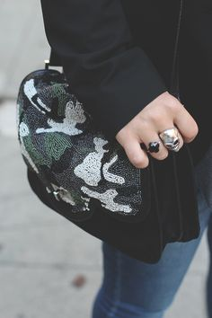 Camo shoulder bag Betty x Lancaster by Songes Funambules. #camo #bag #sac #military #shoulderbag #besace #detail #rock #black #outfit #lancasterparis #lancaster #bettyxlancaster
