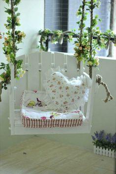 DIY Schaukel aus Europaletten auflagen baby weich liebevoll